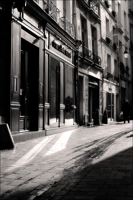 dans la rue des Rosiers, Paris 4