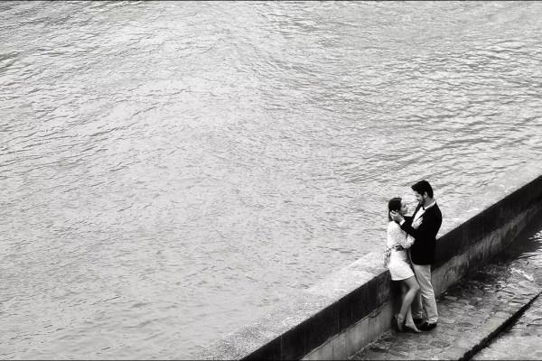 Les quais sur les îlots sont bein aim's par des couples