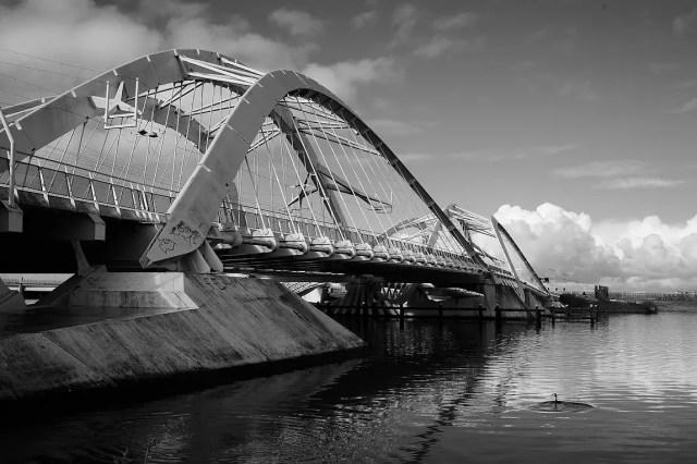 Enneüs Heermabrug : une construction légère, aérée
