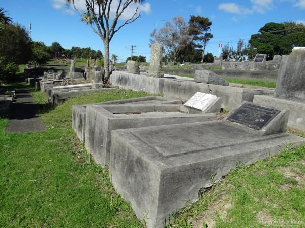 Birkenhead/Glenfield Cemetery headstones