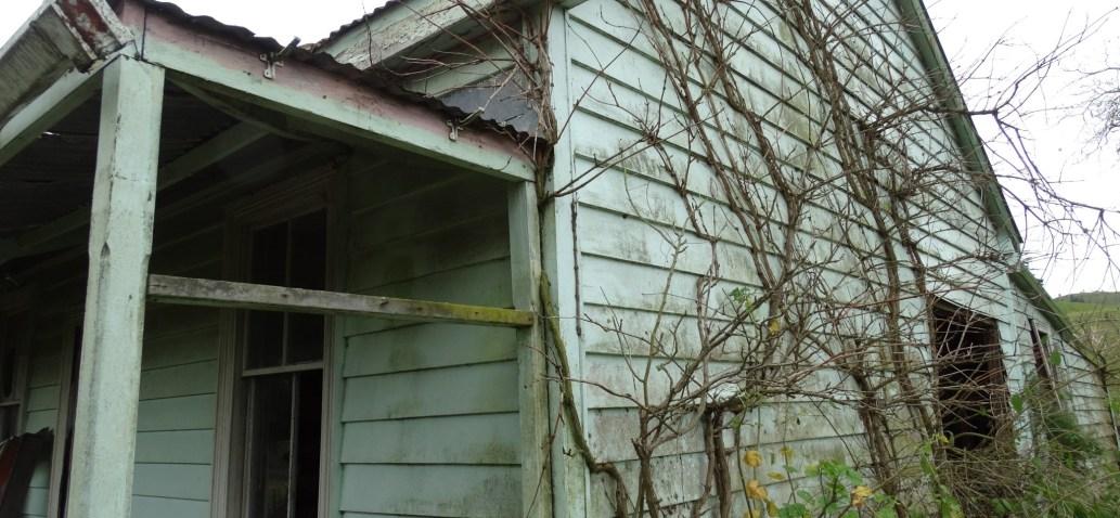 Abandoned House – Huntly