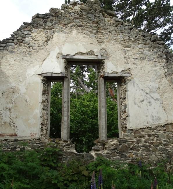 St Bathans School ruins return visit – Photo Gallery
