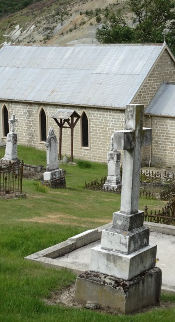 St Bathans Catholic Cemetery