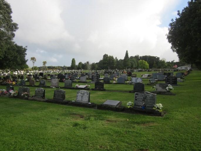 Maunu Cemetery 02