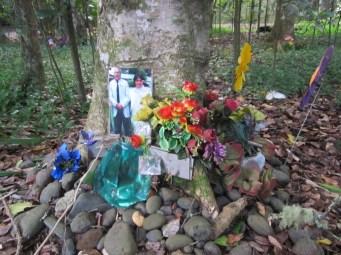 Maunu Cemetery 23