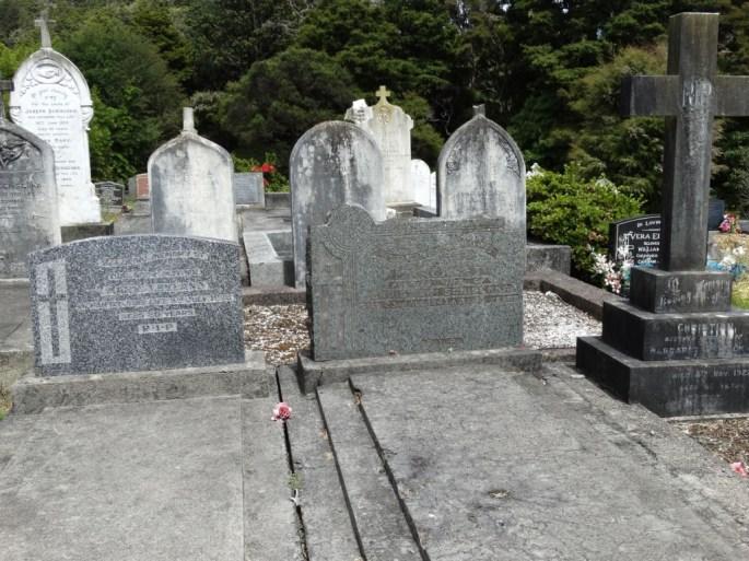 Puhoi Cemetery 09