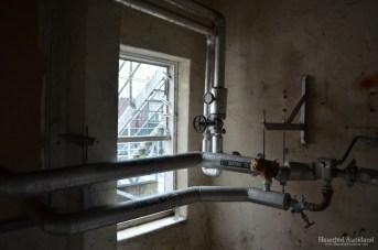 Maximum Security interior, heating works