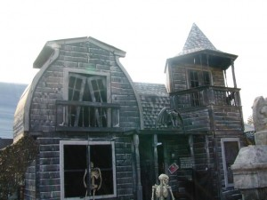 Haunted Manor Photos