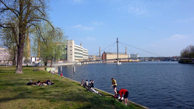 Berlin Oberschöneweide: Früher Industriegebiet - heute Erholungsoase.