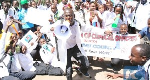 Nigerian Doctors Vow To Continue Strike