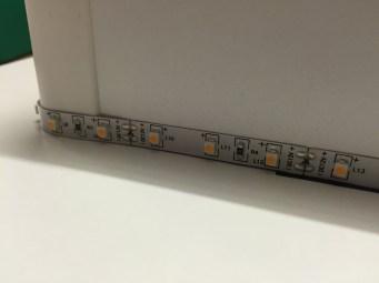 51 LED Streifen um Ecke geführt