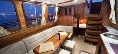 Hausbooturlaub Masuren, Bootsferien Polen, Motorbootcharter Führerscheinfrei