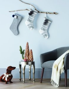Rustic-Stocking-Display