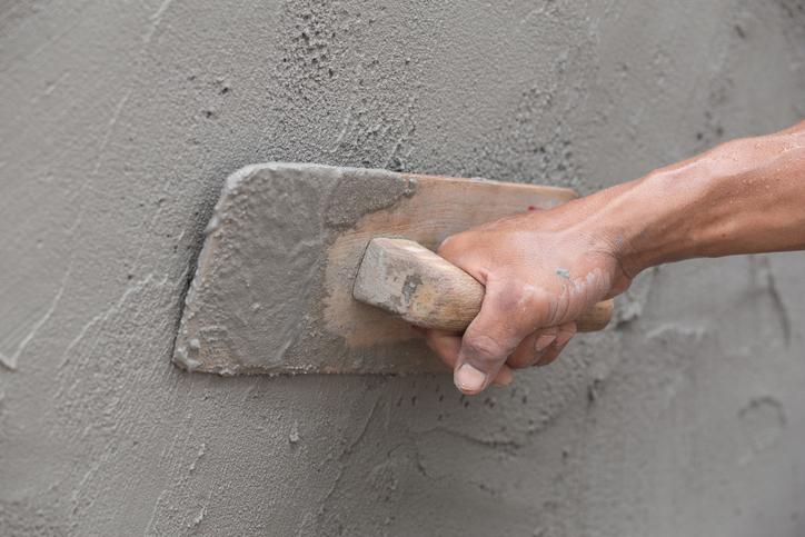 Bruchsteinmauer verputzen » Anleitung in 4 Schritten