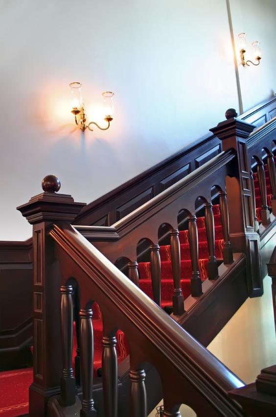 Holztreppe verschönern & dekorieren » Die schönsten Ideen