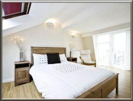 Zimmer Mit Dachschräge Farblich Gestalten   lueduprep