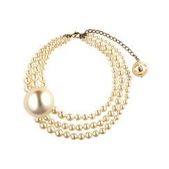 Chanel Spring 2014 pearl necklace