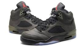 Air Jordan Retro 5 Fear sneakers