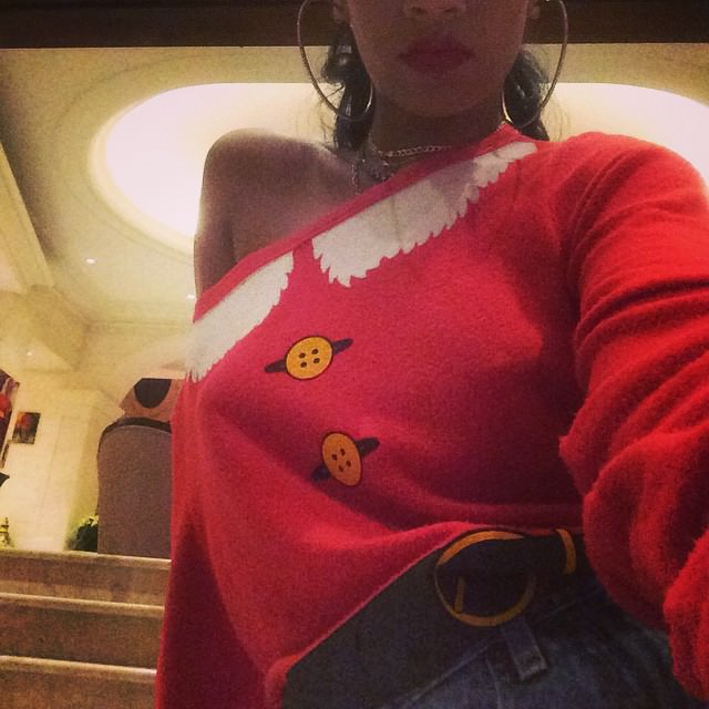 Rihanna in Wildfox Couture Santa and Elf baggy sweater