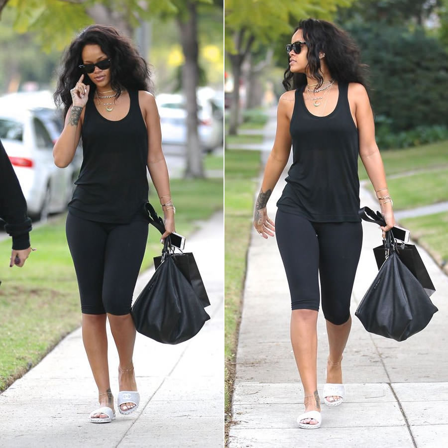 Black sandals rihanna - Two Days Ago Rihanna Was Spotted In Beverly Hills Where She Reportedly Met Up With Some Friends The Singer Was Very Laidback In A Simple Black Tank And