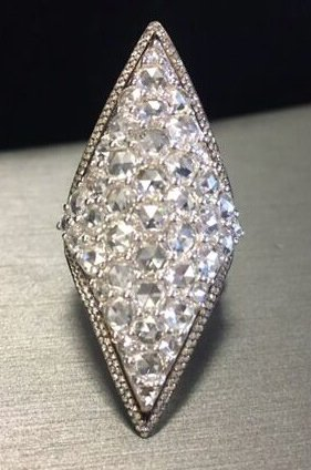 Gilan diamond ring as seen on Rihanna