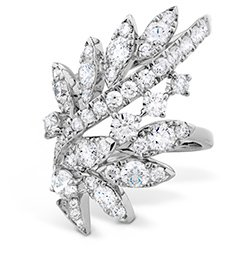 Hearts on Fire diamond ring as seen on Rihanna