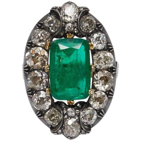 Eleuteri antique diamond emerald ring as seen on Rihanna