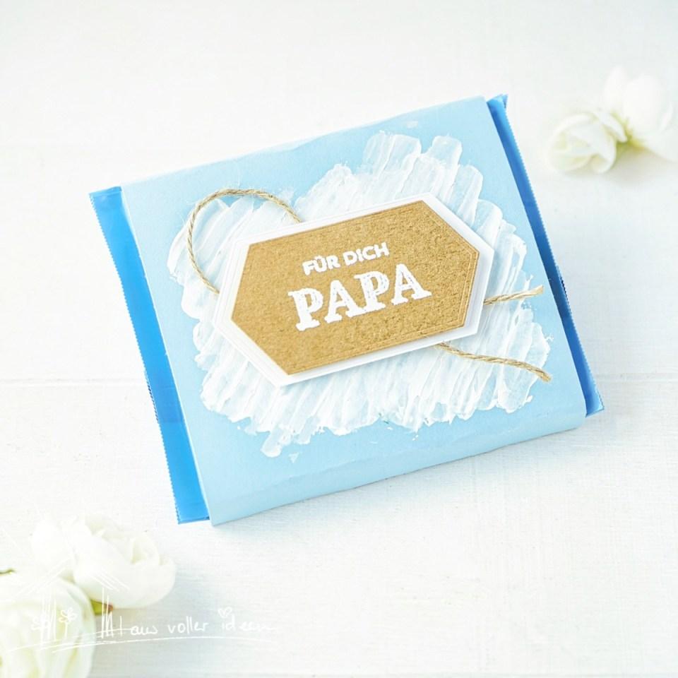 Für dich Papa: Verpackung mit Anleitung zum Vatertag und ausgefallener Hintergrundgestaltung