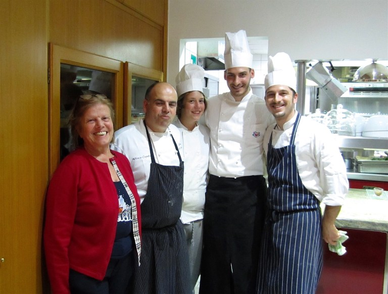 The chefs Grazia and Alfonso with Alfonso's son and two cooks