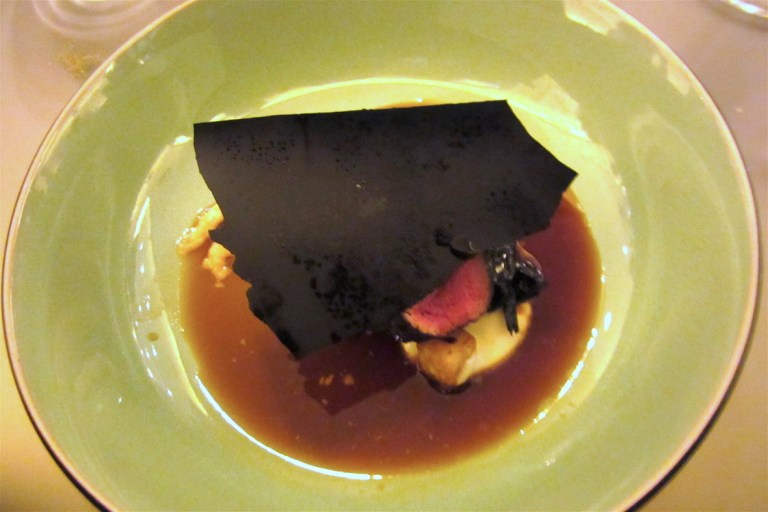 Loin of venison, black trompette, celeriac and onion jus (by Ivan Simeoli)