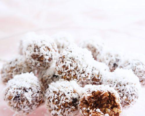 No-Bake Chocolate Mocha Snowballs