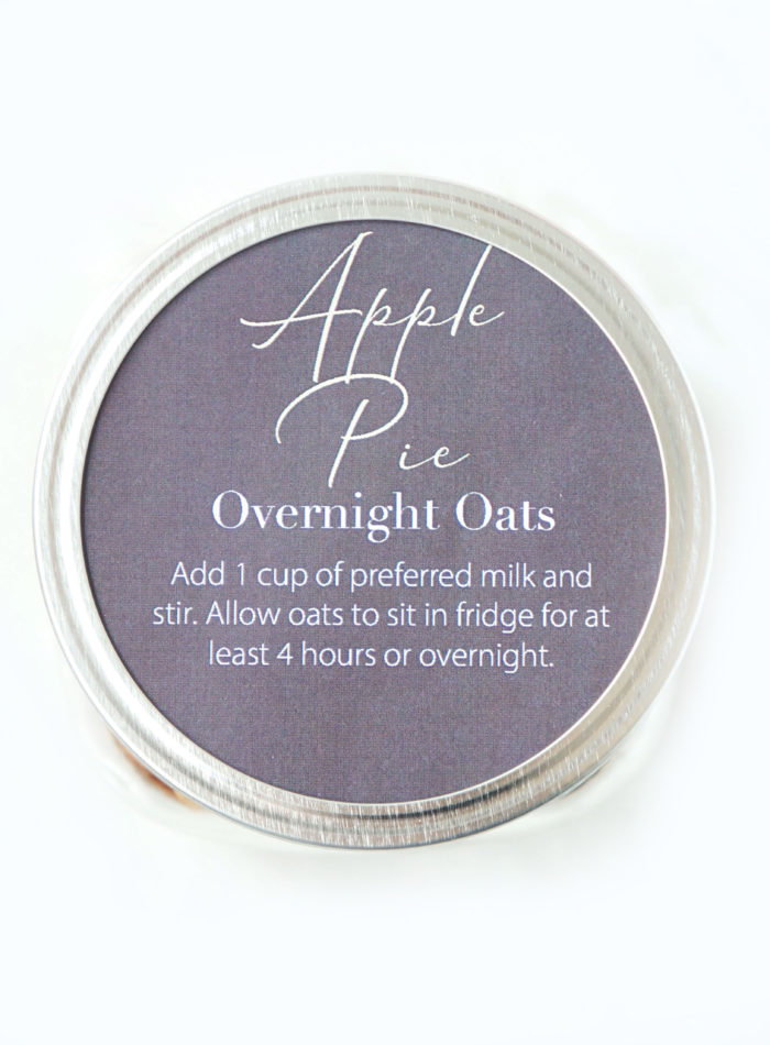 DIY Apple Pie Mason Jar Overnight Oats