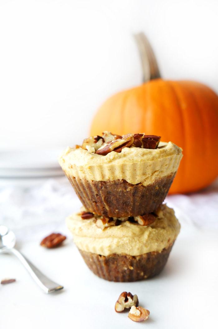 No-Bake Vegan Pumpkin Spice Cheesecake Cups