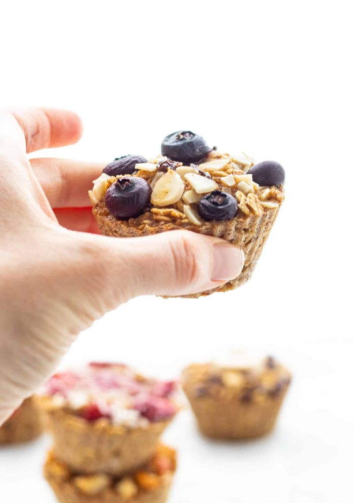 blueberry almond oatmeal cup