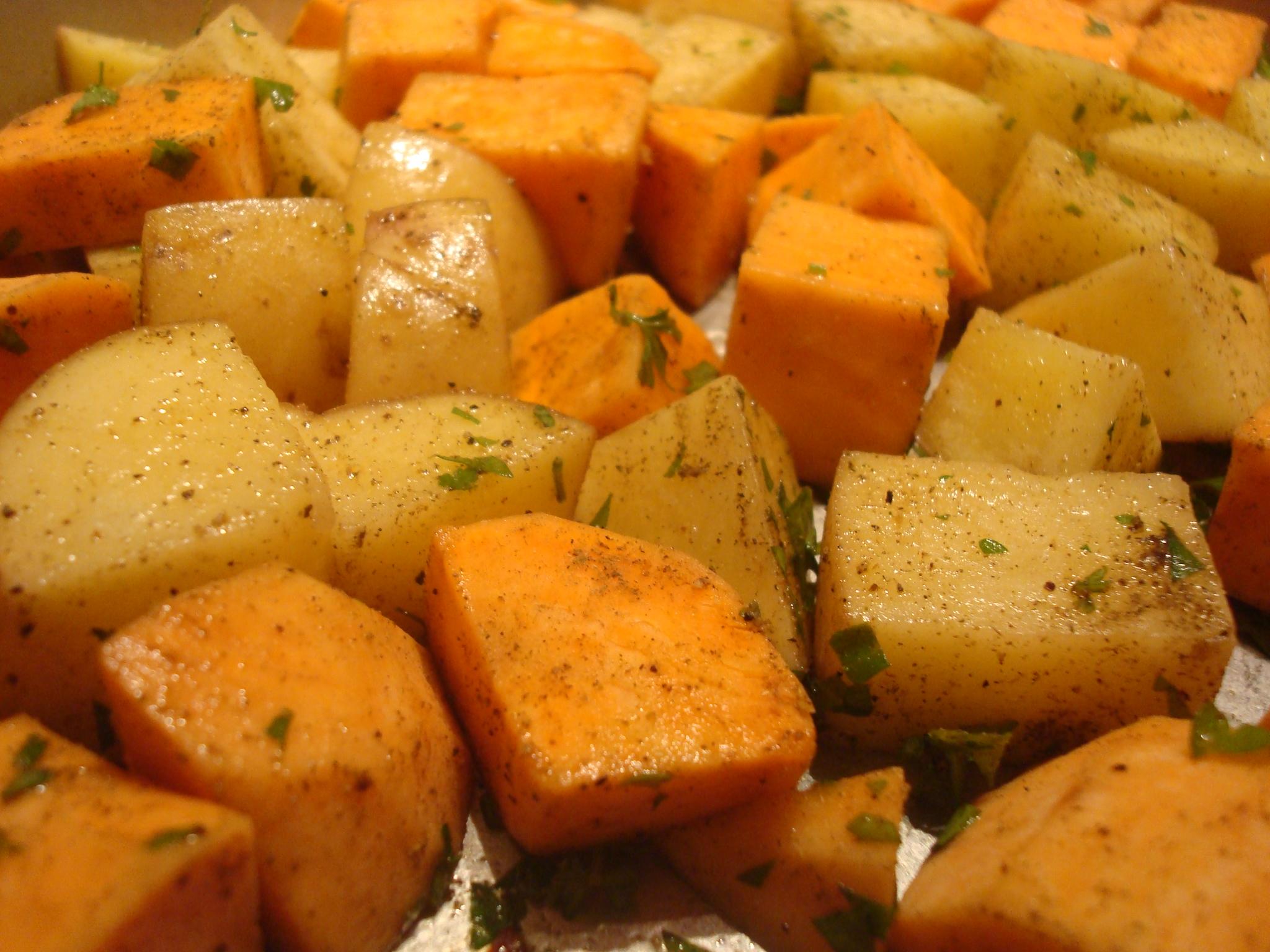 Thanksgiving Fresh Yams With Marshmallows Recipe