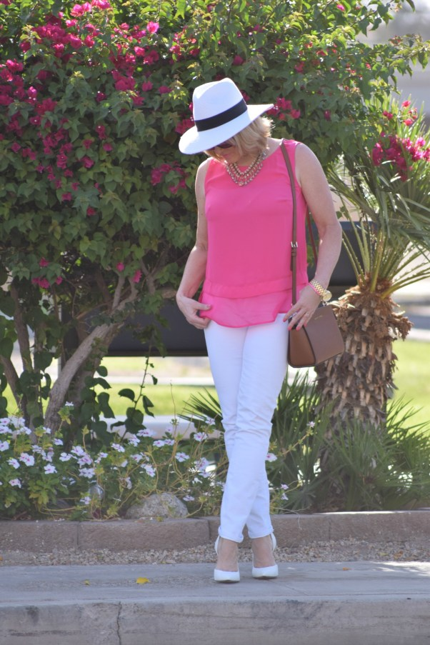 Pink & a Hat 424