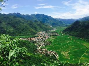 View from above the moutain pass onto Mai Chau Valley