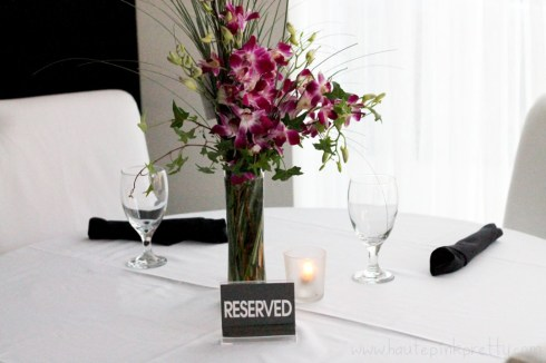 Flowers delivered for dinner reservations - HautePinkPretty