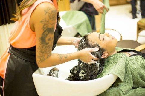 HautePinkPretty visit Mika Fowler at Kim Vo Salon Montage Hotel Beverly Hills - Shampoo
