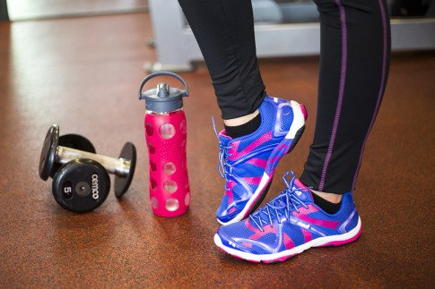 An Dyer Gym Style Fitness Fashion - Ryka Influence Pink & Blue - Life Factory Raspberry Glass Bottle with Straw