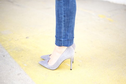 An Dyer wearing ShoeMint Bess Suede Pointy Pump in Grey Suede