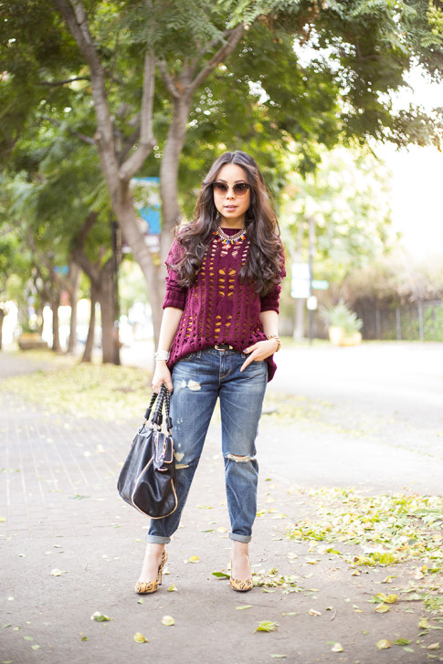 An Dyer wearing heartLoom Samara Knitted Sweater in Burgundy, Rich & Skinny The Boy & Girl Jeans, Urban Expressions Handbags 'Janae' Faux Leather Satchel Black, Sole Society Fergie