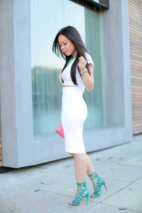 An Dyer wearing All White Bebe Street Style JustFab Taesha