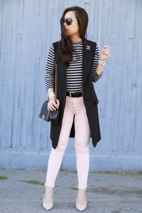 An Dyer wearing Long Blazer Sleevelss Coat Chanel Brooch Stripe Shirt Pink Jeans nude pumps