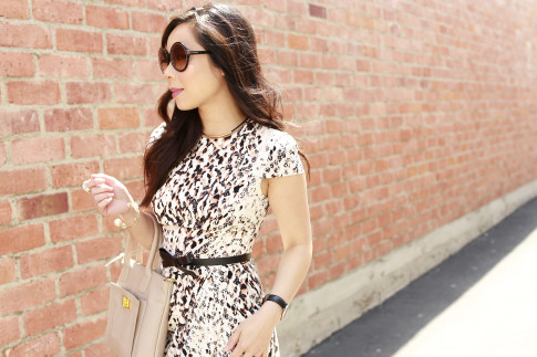 An Dyer wearing Bebe Spring Dress with Tom Ford Carrie Sunglasses, Kate Spade Bow Belt