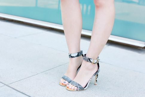 An Dyer wearing ShoeDazzle Snakeprint Sandals Gold Toe