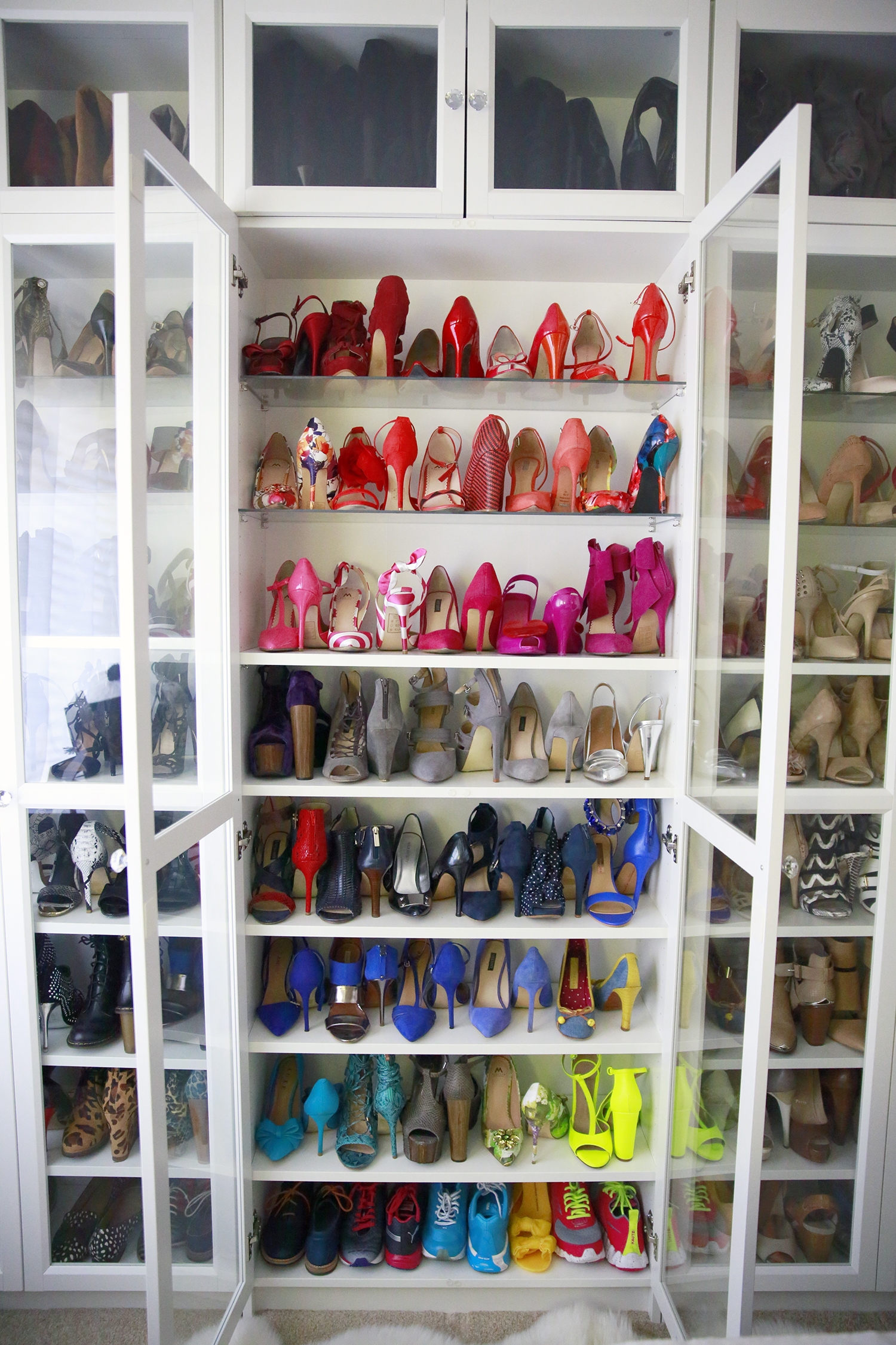 Organizing Rainbow Shoes Shoe Closet