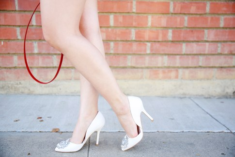 ShoeDazzle Wedding SHoes White Crystal Toe Pumps