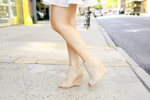 An Dyer NYFW SS16 StreetStyle Nude Suede Perforated Booties