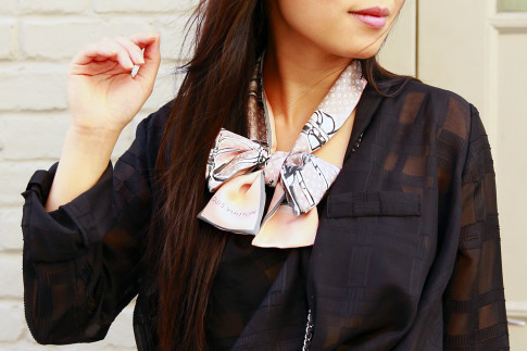 Louis Vuitton Bandeau Scarf Tied around neck bow